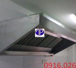 Chụp hút mùi inox vát trên cho bếp công nghiệp