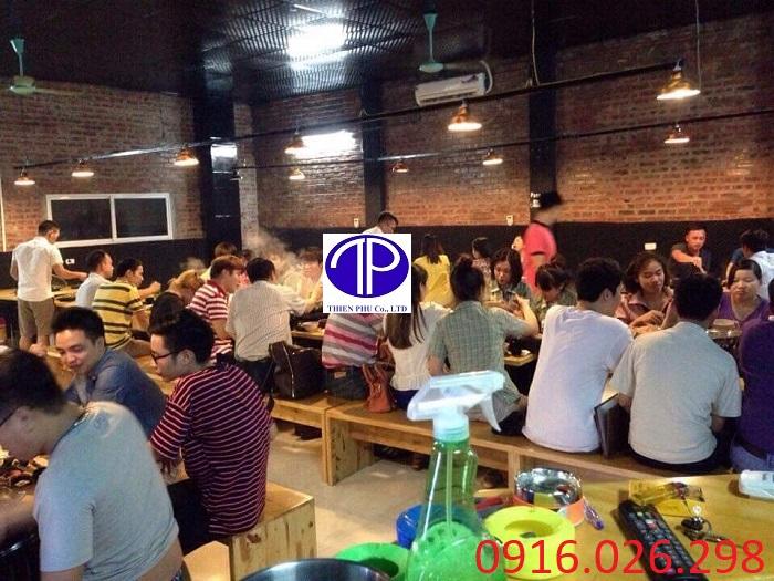 Cung cấp bàn ăn mặt gỗ cho nhà hàng lẩu nướng