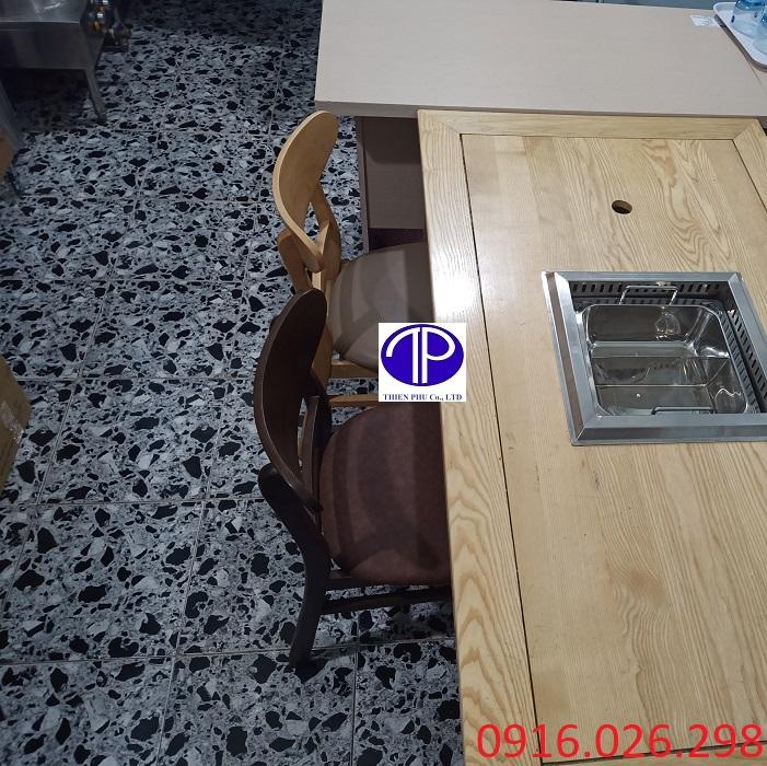 Ghế gỗ mặt đệm nhà hàng lẩu nướng
